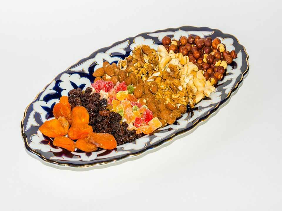 Kuru Üzüm Faydaları Kalori ve Besin Değerleri